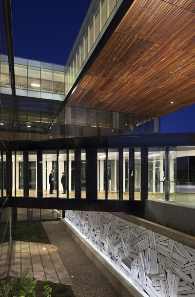 Дизайн офисного здания