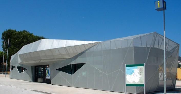 Инновационная автобусная остановка в Испании