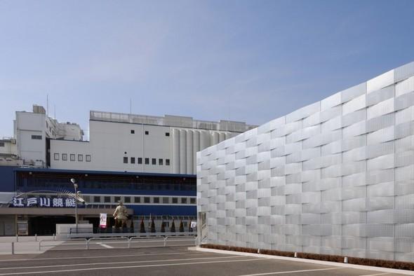 Дизайнерский фасад склада
