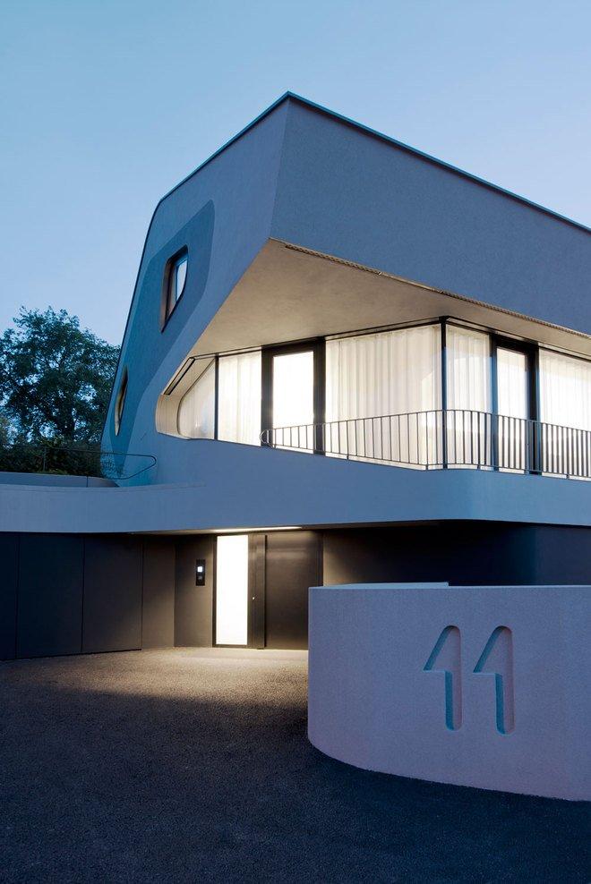 Дом в футуристическом стиле